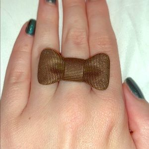Gold Bow Ring size 8